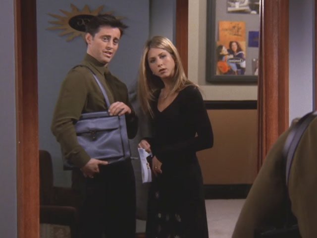 Friends | 513 | Joey tries on his unisex bag