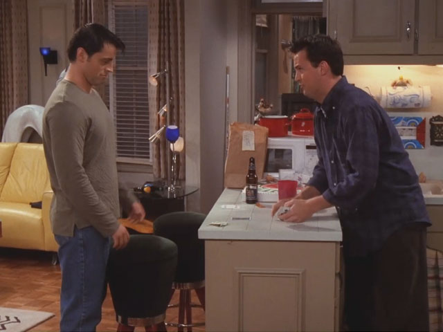 Friends | 606 | Chandler invents 'cups'