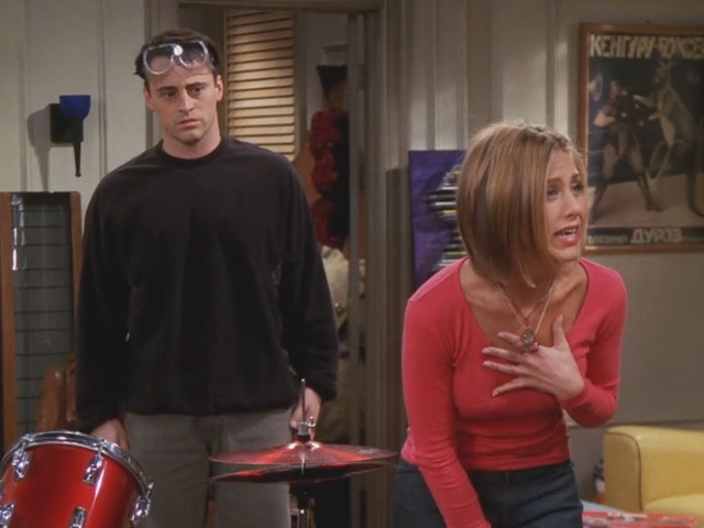 Friends | 710 | Phoebe buys Joey a tarantula