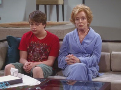 Two and a Half Men | 808 | E for Evil