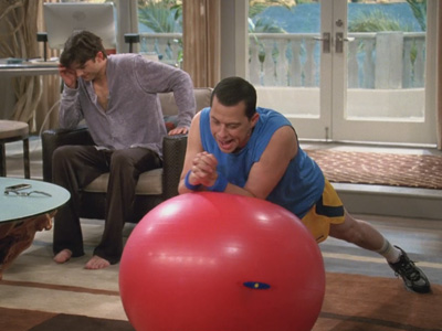 Two and a Half Men | 921 | Walden asks Alan to move out