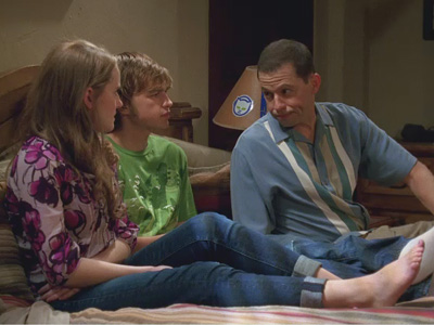 Two and a Half Men | 908 | Making In and Out